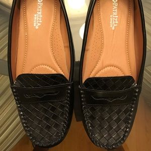 NWOB Patrizia Loafers, Black Size 8.5
